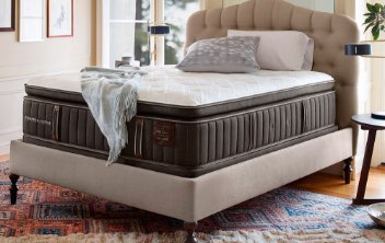 Lux Estate Stearns  and Foster Mattress